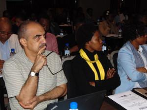 Mesa Redonda_Planeamento Familiar em Moçambique: Os Desafios da demanda e oferta de serviços para as raparigas e mulheres